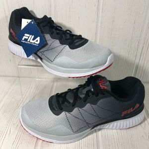 Men Gray Fila Shoes on Poshmark